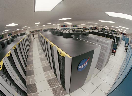 Cluster-de-un-total-de-10240-CPU.-De-SGI0-Altix-superordenador-ubicado-en-las-instalaciones-de-Supercomputación-Avanzada-de-la-NASA.